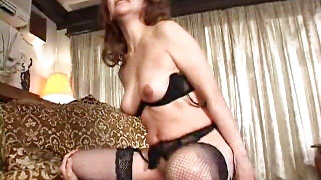 Galenka x video femme enceinte le prend merveilleusement dans sa bouche
