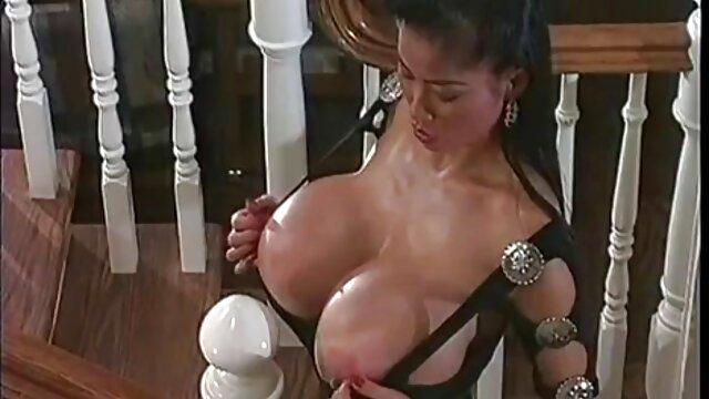 Sweet Olya se masturbe video erotique femme enceinte une chatte juteuse